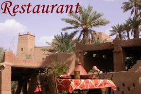 Restaurant with traditionnal moroccan kitchen in Todra valley..